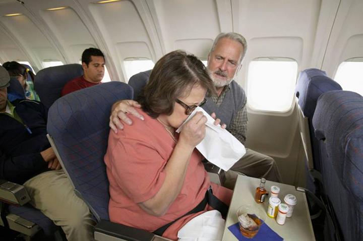 راه های مقابله با سرگیجه در هواپیما