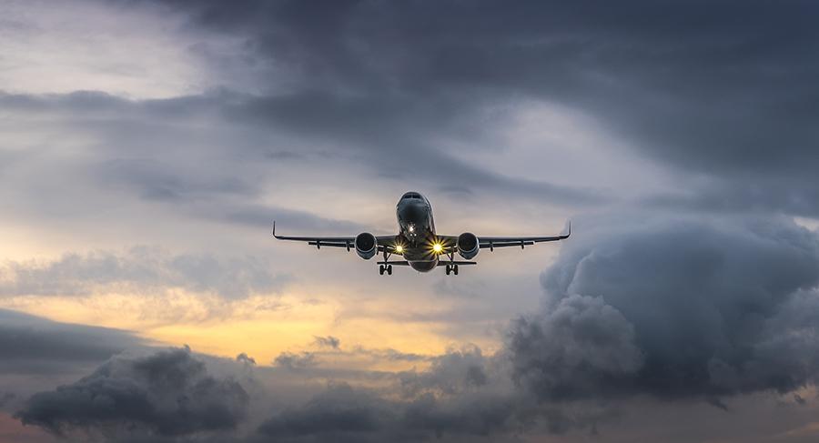 تکان های هواپیما به دلیل تلاطم هوایی