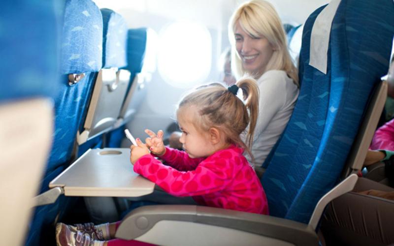 خطرات پرواز با هواپیما برای نوزادان